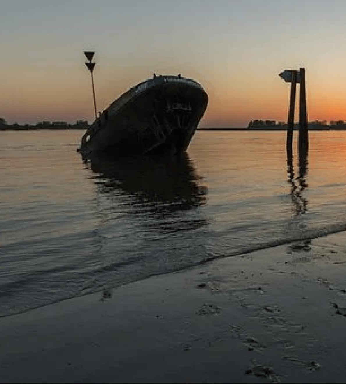sinkendes schiff